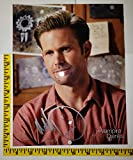 Matt Davis (AKA MATTHEW DAVIS) (Alaric Saltzman) 8 x 10 AUTOGRAPH Photo The Vampire Diaries autoBx1