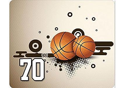 Marrón Baloncesto Jugador número 70 alfombrilla de ratón 1/8
