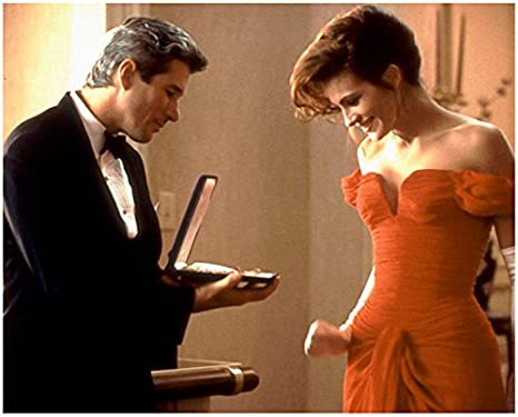 Pretty Woman 1990 8 Inch X 10 Inch Photograph Richard Gere Tuxedo Julia Roberts Red Dress Kn At Amazon S Entertainment Collectibles Store