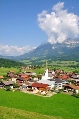 Ellmau am Wilden Kaiser in Tyrol Austria Journal: 150 page lined notebook/diary