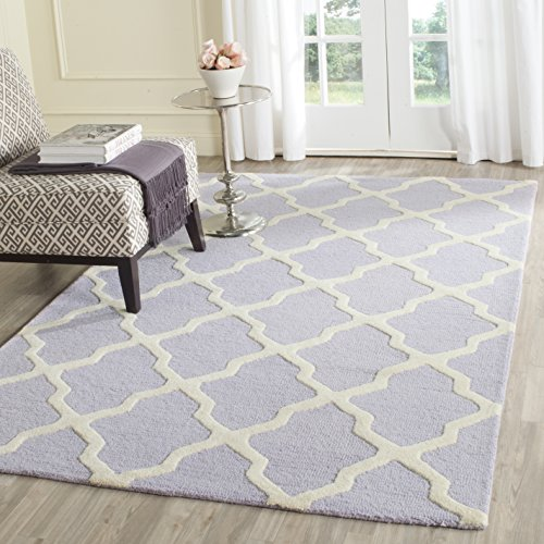 Safavieh Cambridge Collection CAM121C Handmade Moroccan Geometric Lavender and Ivory Premium Wool Area Rug (3' x 5')