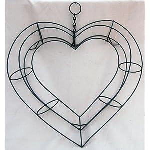 "11"" Living Wreath Heart Shape Frame 14"