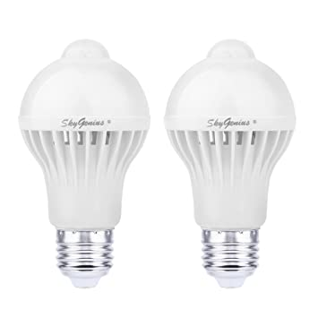 Motion Sensor LED Light Bulb,5W 450Lm E26 110V,Automatic Infrared Sensory  Motion Detector