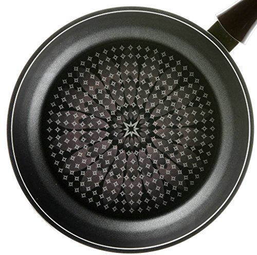 TeChef - Blooming Flower 9.4-Inch Frying Pan, with Teflon Platinum Non-Stick Coating (PFOA Free) / Ceramic Coated Outside / Induction Ready