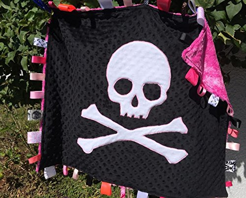 Pink Skull & Crossbones ~ Baby Cuddle Blanket. (Crossbones Skulls Grey And Fleece)