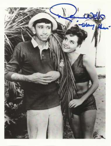 Wells Signed Photo - Dawn Wells Gilligan's Island Hand-Signed 8 x 10 Photo C of A
