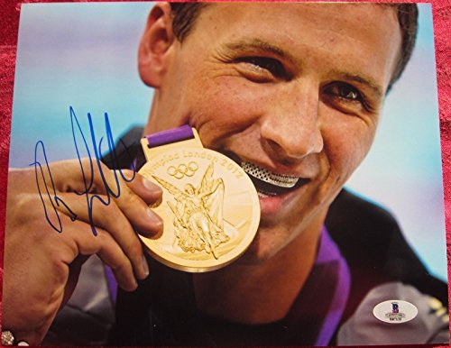 Ryan Lochte Gold Medal Winning Swimmer signed 8x10 photo Becket BAS ()
