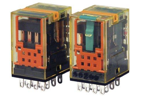 IDEC RU4S-C-A110 POWER RELAY, 4PDT, 110VAC, 6A, PLUG IN (1 piece)