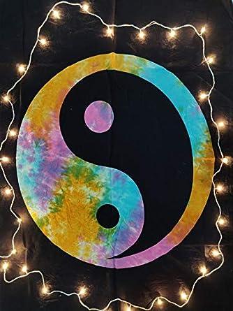 Beautiful Small Tapestry Yin Yang Design Poster Wall Hanging Cotton Fabric Art