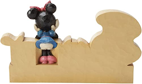 Enesco Disney Traditions by Jim Shore Minnie Mouse Sweet Figurine, 4.125-Inch