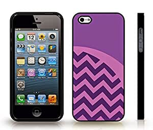 iStar Cases? iPhone 4 Case with Chevron Pattern Purple/ Light Purple Stripe , Snap-on Cover, Hard Carrying Case (Black)