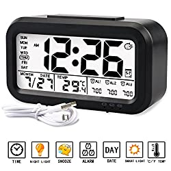 Alarm clock, Aitey Digital Alarm Clock for kids, Time/Date/Temperature Display, Snooze Function, 3 Alarms, Optional Weekday Mode, USB Charging (Black)