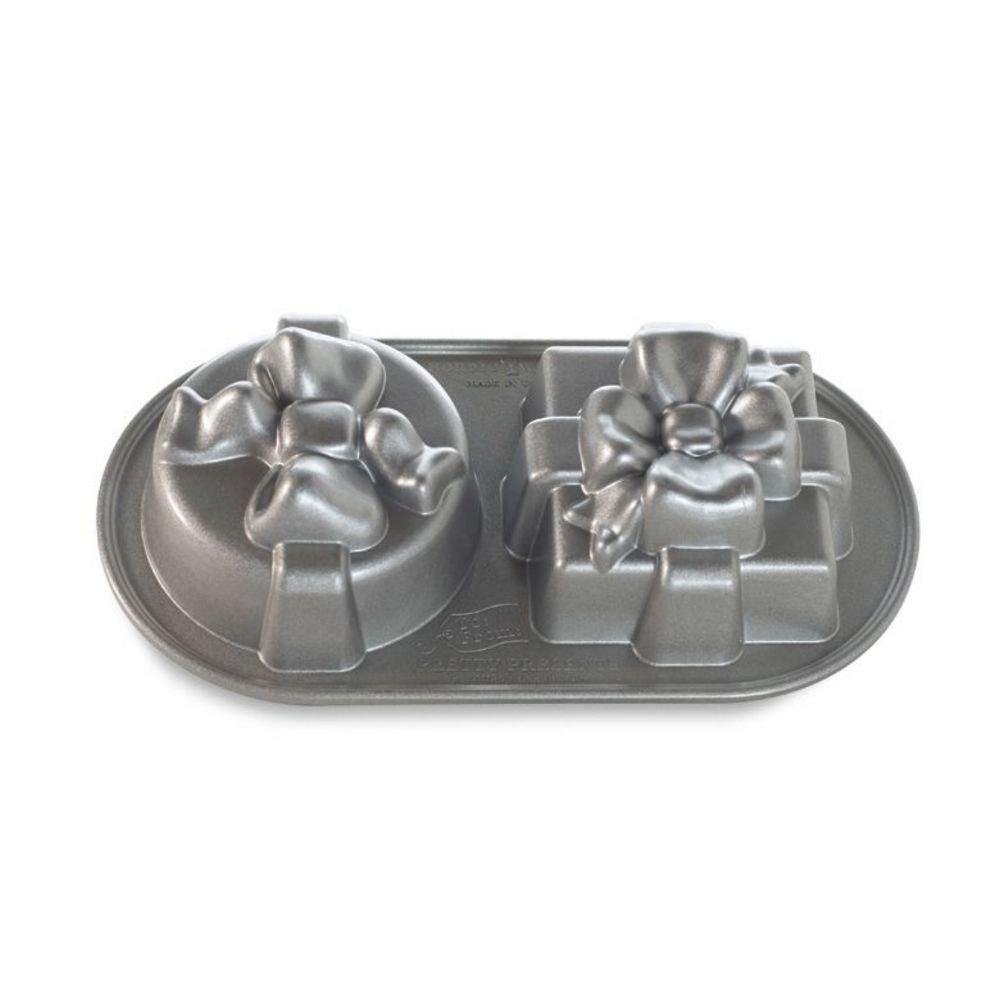 NordicWare 84848 - Molde para horno (aluminio fundido, 2 huecos, antiadherente), diseño de regalo: Amazon.es: Hogar