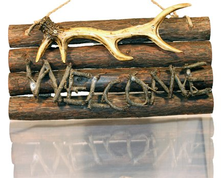 Wooden Antler Welcome Sign ()