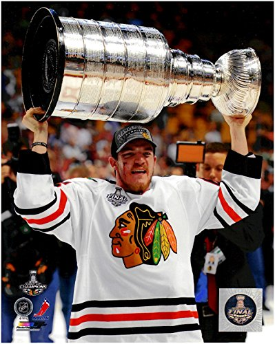 Andrew Shaw Chicago Blackhawks Unsigned 8 x 10 Photo 1 With 2013 Stanley Cup