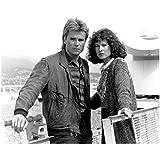 Richard Dean Anderson 8 x 10 Photo Stargate Legends MacGyver Black & White w/Elyssa Davalos Hands on Railing kn