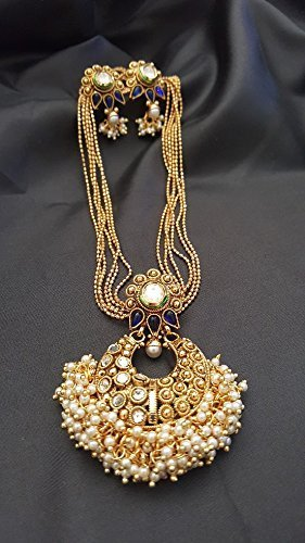 Gold pearl clustered pendant necklace with matching earrings Set Clustered Jewels