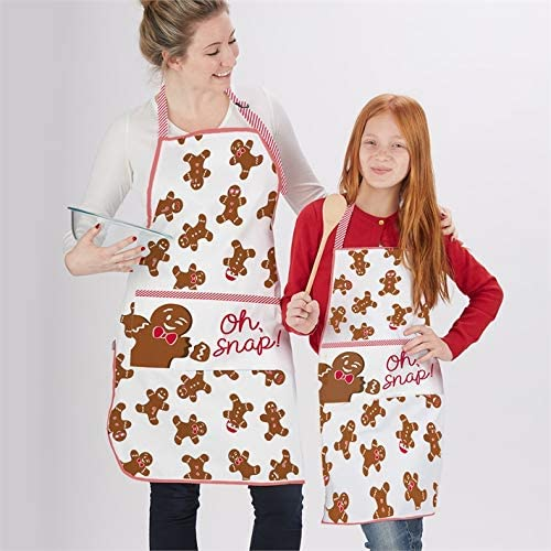 Amazon Com Two S Company Set Of 2 Gingerbread Adult And Child Aprons Home Kitchen