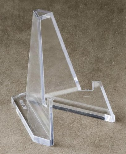 Set Of 12 Mini Acrylic Easel Stands  2 25 H