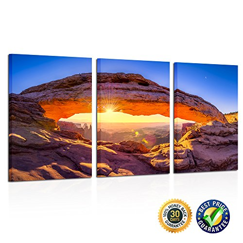 Kreative Arts - Sunrise At Mesa Arch In Canyonlands Natio...