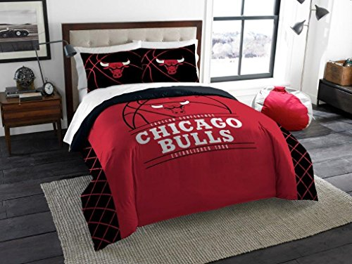 Chicago Bulls - 3 Piece FULL / QUEEN SIZE Printed Comforter & Shams - Entire Set Includes: 1 Full / Queen Comforter (86