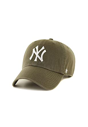 26c30a1eef0c5 47 Brand New York Yankees Clean Up Baseball Cap - Sage Adjustable   Amazon.co.uk  Clothing