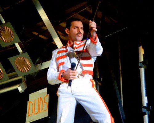 queen Freddie Mercury in white outfit performing 16x20 Poster ()