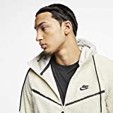 Nike Men's Tech Icon Sherpa Fleece Windrunner