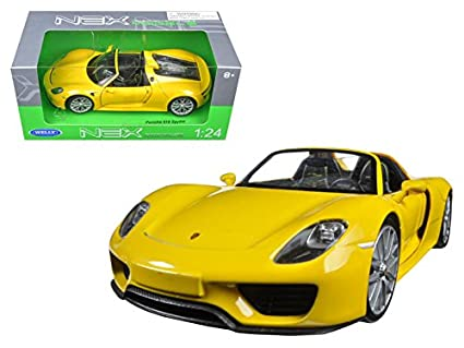 Amazon Com Maisto Porsche 918 Spyder Yellow Open Roof 1 24 Model
