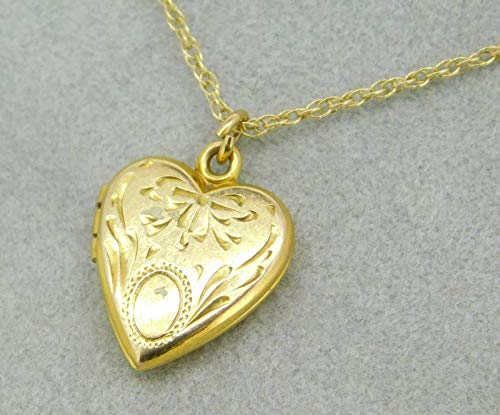 (10k Yellow Gold Small Heart Shaped Locket with Etched Design (#J4284))