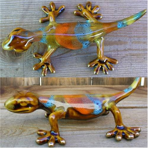 gecko-in-orange-blue-and-green-from-the-golden-pond-collection