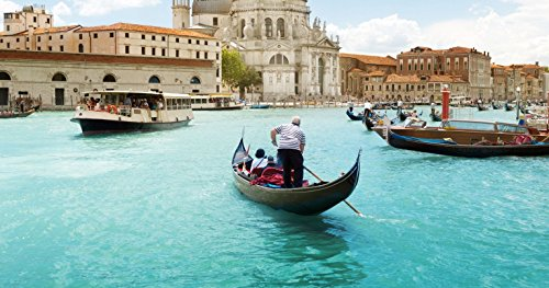 gondola-serenade-in-venice-for-two-tinggly-voucher-gift-card-in-a-gift-box
