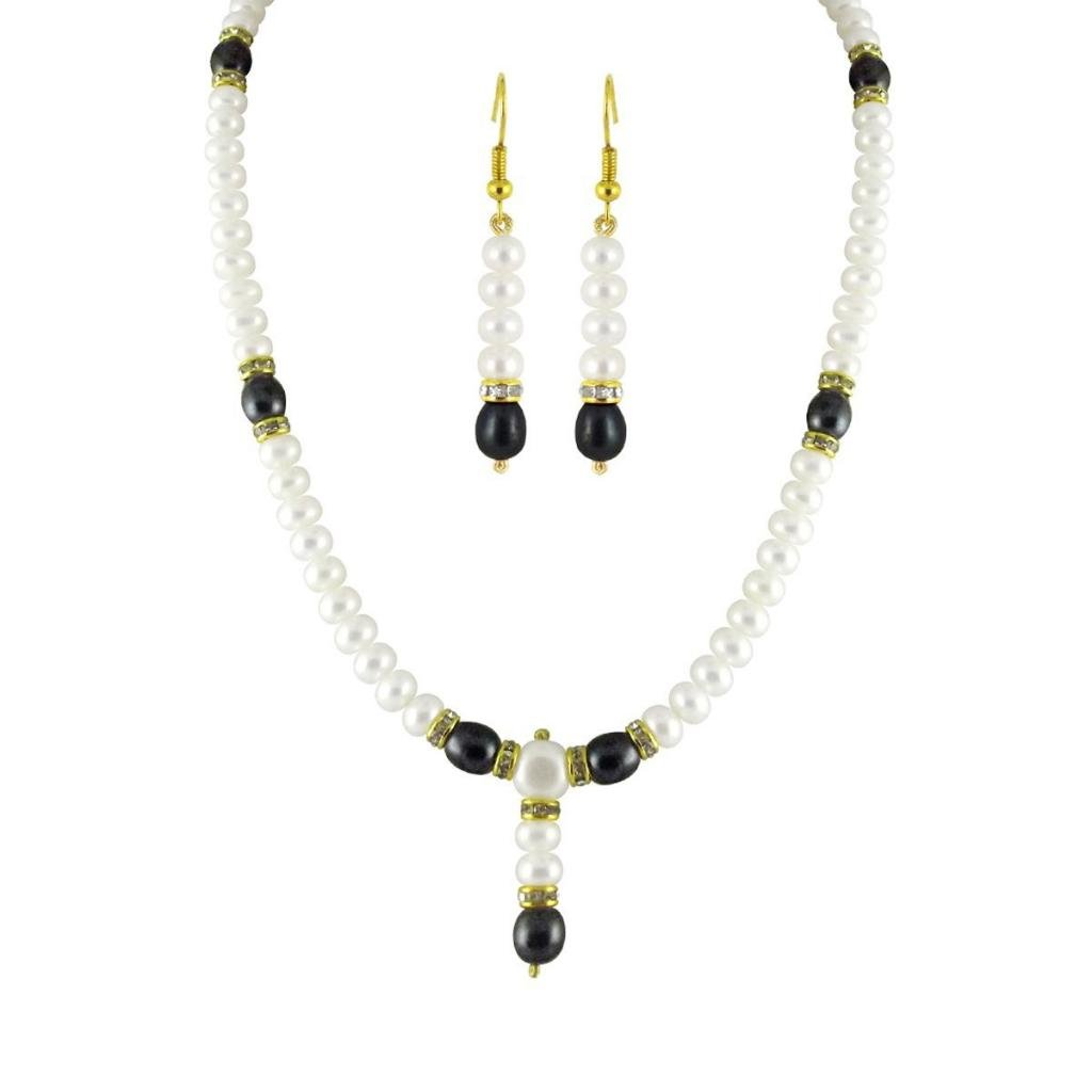 Trendy Souk Big Girls Vivid Necklace Single String Aaa Quality Black And Pearls Necklace Set Real Freshwater Hyderabadi Pearls!