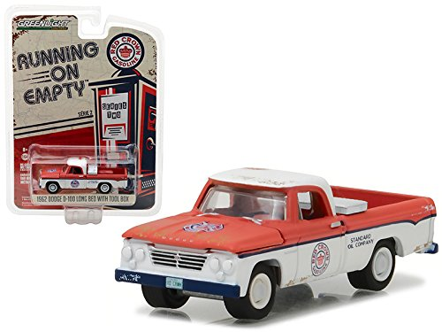 Maisto 1962 Dodge D-100 Pickup Truck Long Bed with Tool Box Red Crown Gasoline 1/64 Model Car by Greenlight (Crown Tool Box)