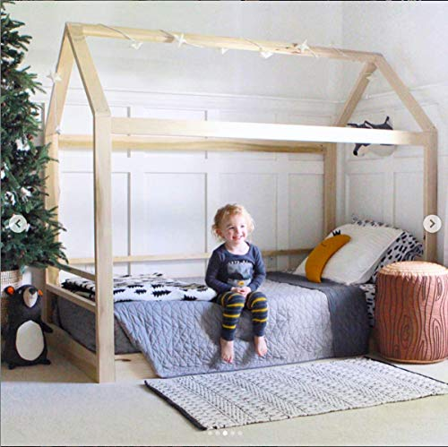 (Twin House Bed with railings)