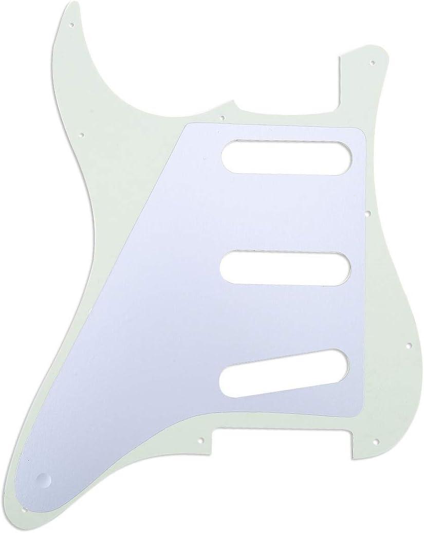 Musiclily Pro 11-Hole 62 Strat SSS Guitar Pickguard for MIJ JPN Japan Stratocaster 3Ply Ivory Mint