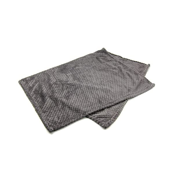 Alfie Pet – Mackenzie Fleece Blanket for Dogs and Cats – Color: Grey Click on image for further info. 4