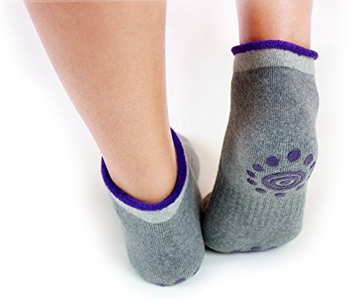Sumdreams Non Slip Skid Yoga Ladies' Socks with Grips Cotton for Women Pack of 4
