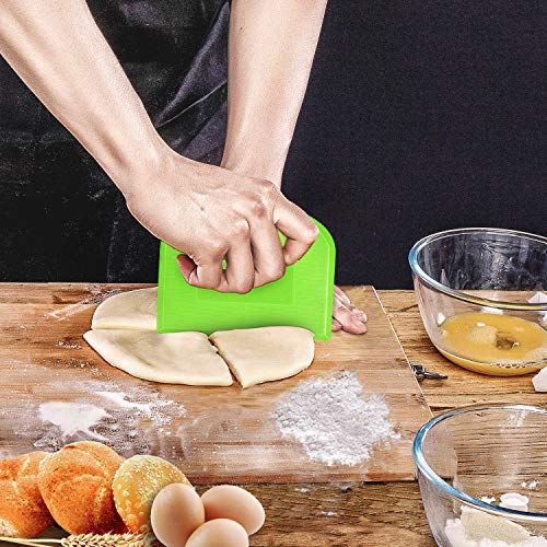 Kitchen Baking Knife Dough Bread Cutter Cream Butter Scraper Cake Pizza Grooming Knife Bowl Plate Chopping Board Clean Scraper Make of Food- grade Plastic 2 Piece Set Green and White
