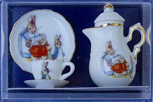 reuters-porcelain-5-piece-peter-rabbit-miniature-tea-set