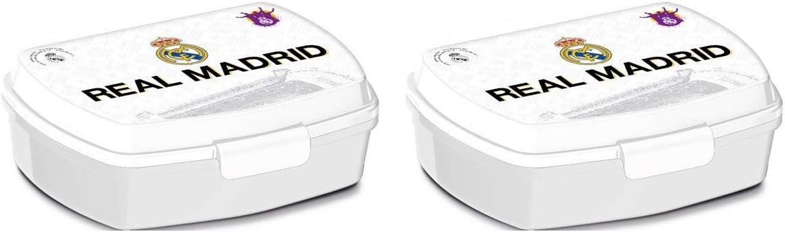 PEQUEFIESTA 00913; Pack 2 Sandwicheras Rectangulares Multicolor Real Madrid; dimenesiones 16,5x12,5x5,5 cm; Productos de plástico; No BPA