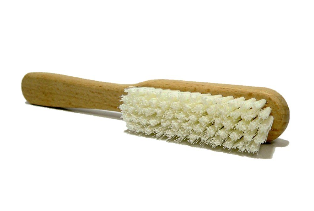 Shoe Cleaning Brush – Mud Scraper, Dust Remover, Dirt Cleaner, White Marks Eraser for all footwear.