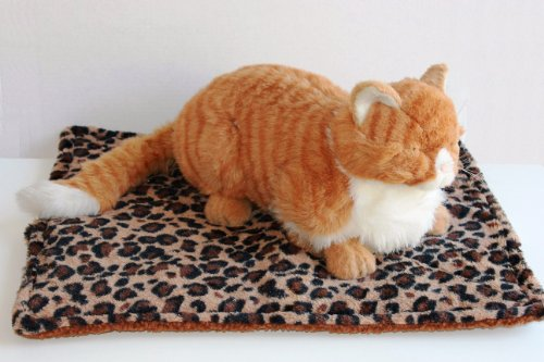 Thermal Cat Pet Dog Warming Bed Mat – BEIGE, BLUE, or GREY (Leopard Motif) 22″ L x 19″ W, by Downtown Pet Supply 515ES0R7WyL