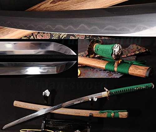Clay Tempered Folded Steel Blade Dragon Tsuba Japanese Samurai Sword Katana SHARP (Folded Steel Samurai Sword)