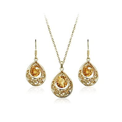 Parure bijoux ciselée orientale zirconium plaqué or bijou femme idéal pour  offrir idée cadeau anniversaire mariage 83c16bc6b768