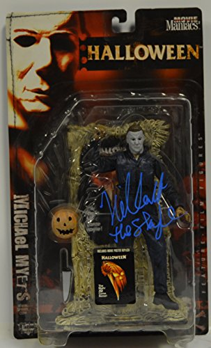 NICK CASTLE signed Halloween - Michael Myers (The Shape) Movie Maniacs McFarlane Toys Action Figure from John Carpenter's -