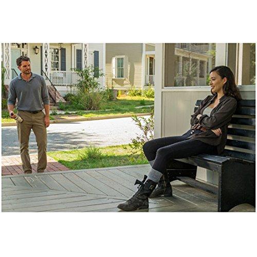 The Walking Dead Austin Nicholas as Spencer with Christian Serratos s Rosita 8 x 10 Inch Photo