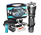 2015 Vers. 820 Lumens Olight M20SX Javelot 404 Yards Long Throwing LED Tactical Flashlight with Diffuser, Premium Holster, One Olight 2600mAh Rechargeable Battery, Charger & a LumenTac(TM) Battery Organizer Review