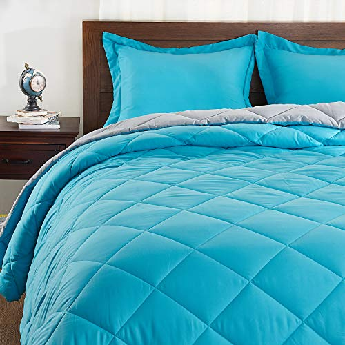 Basic Beyond Down Alternative Comforter Set (King, Peacock/Grey) - Reversible Bed Comforter with 2 Pillow Shams for All Seasons (Peacock Bed Set)
