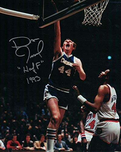 Dan Issel Autographed Signed Denver Nuggets 8x10 Photo vs. Knicks - Certified Authentic ()